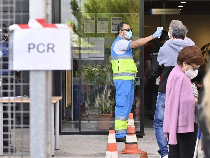 Madrid registra 521 nuevos positivos, 223 de las últimas 24 horas, y 41 fallecidos