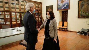 La presidenta regional y el consejero de Sanidad