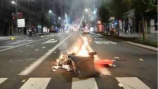Noche de disturbios en Madrid contra las restricciones para frenar el Covid-19