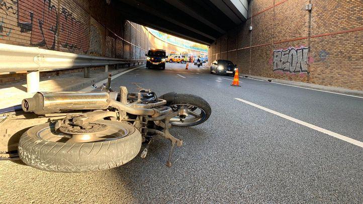 Muere un motorista en un accidente en el barrio del Pilar
