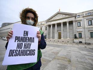 Colectivos sociales piden acabar con la 'pandemia de los desahucios'