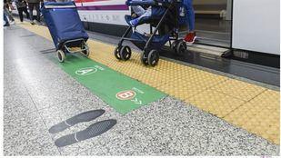 Señalización en Nuevos Ministerios para las personas con movilidad reducida