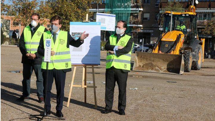 Comienzan las obras del aparcamiento disuasorio en Aviación Española, con 344 plazas y zona para bicis