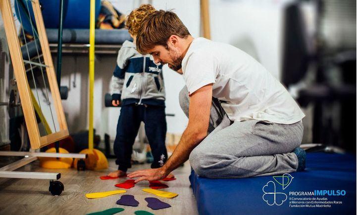 Fundación Mutua Madrileña y Feder facilitarán terapias a 3.000 menores con enfermedades raras
