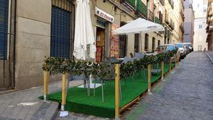 La hostelería podrá instalar mamparas en las terrazas