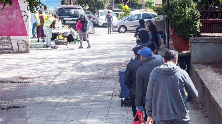 Madrid repartirá las primeras Tarjetas Familias a mediados de este mes