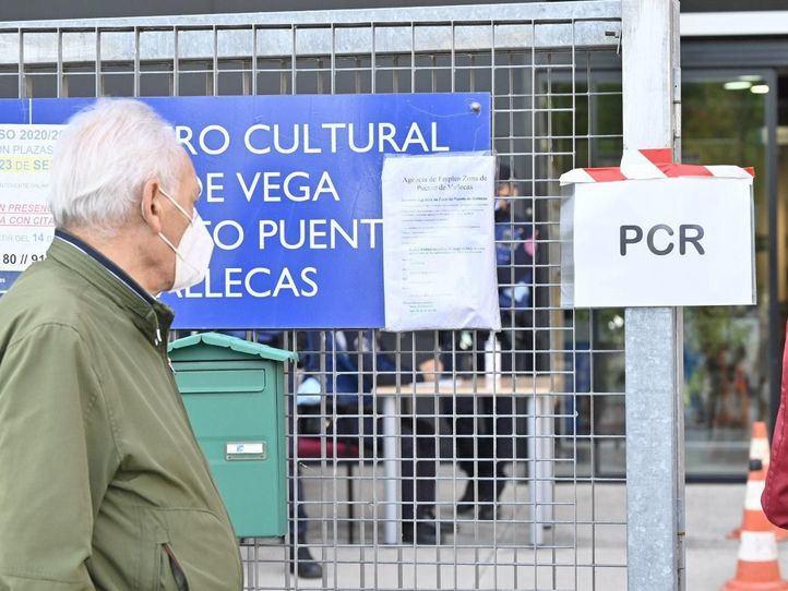 Madrid registra 2.392 nuevos positivos Covid, 984 en las últimas 24 horas, y 41 fallecidos