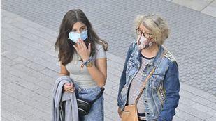 El Gobierno baja el precio máximo de las mascarillas quirúrgicas a 0,72 euros