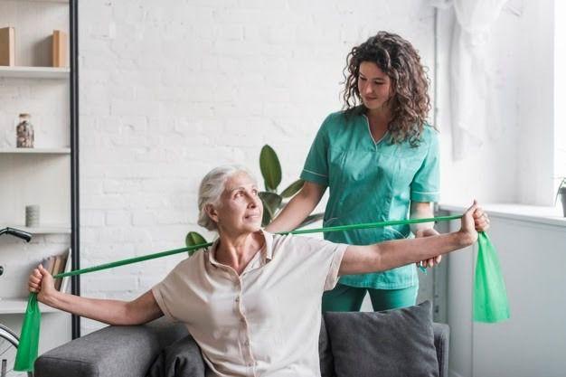 Cuidado de personas mayores a domicilio, la mejor alternativa en tiempos de pandemia