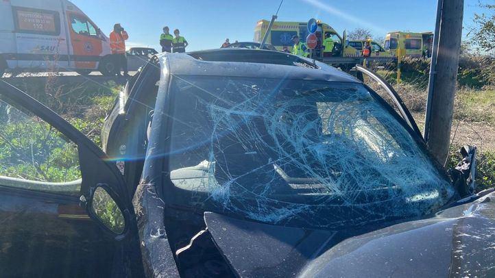 Heridos dos hombres al colisionar sus coches en la M-106 a la altura de Algete