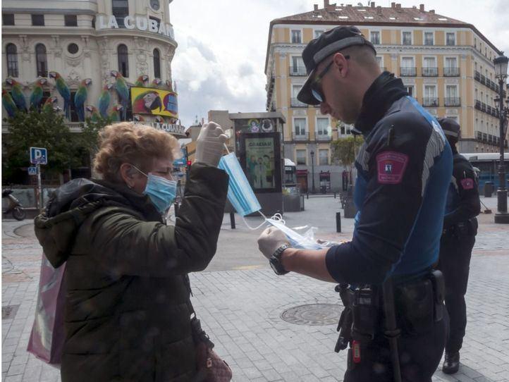 Madrid repartirá mascarillas gratis a población vulnerable