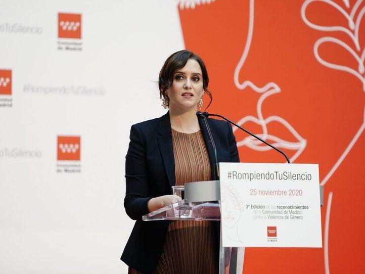 La Comunidad celebra un acto contra la violencia de género