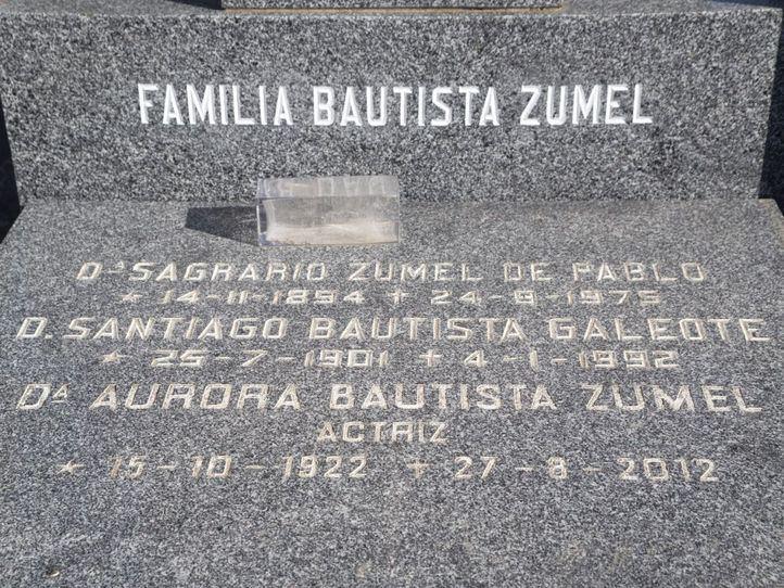 Tumba de Aurora Bautista.