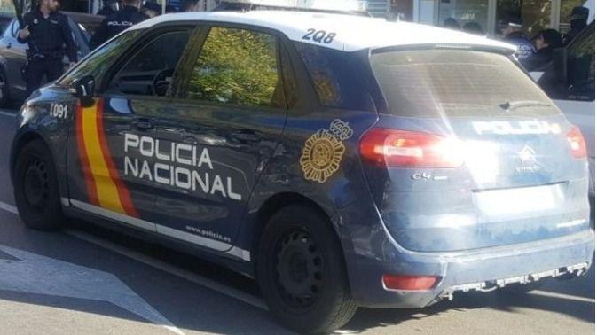 Una mujer, liberada tras vivir encerrada y amenazada por su pareja en Puente de Vallecas