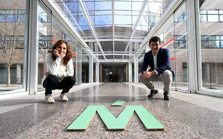 Mónica García y Pablo Gómez Perpinyà, de Más Madrid, en la Asamblea de Madrid