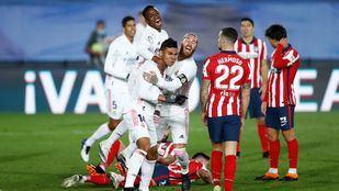 El Real Madrid celebra la victoria frente al Atlético de Madrid