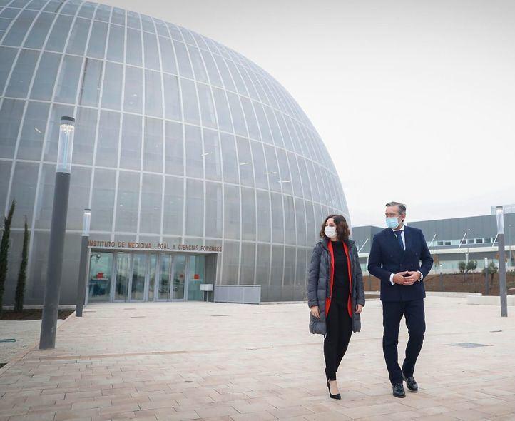 Inaugurado el nuevo Instituto de Medicina Legal, el 'donut' de Valdebebas