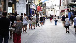 Vuelven las colas para comprar lotería a Doña Manolita