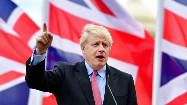 Boris Johnson decreta el confinamiento total de Londres y el sureste del país por el aumento de contagios