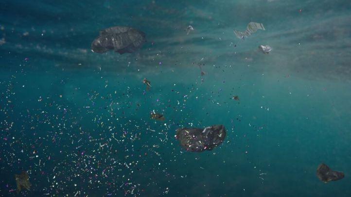 Contaminación Marina: ¿Cómo se diluyen los Aditivos plásticos en el agua y sus riesgos?