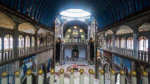 El interior de la catedral de Justo en Mejorada del Campo.