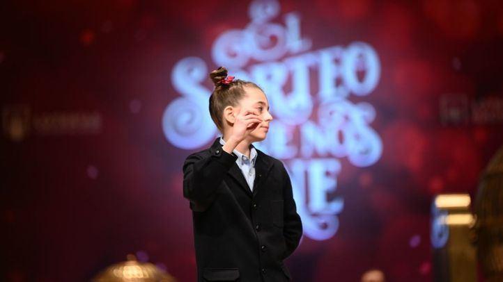 Los niños de San Ildefonso cantan el tercer premio