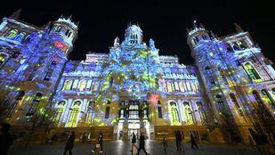 Un videomapping 'participativo' decora a diario el Palacio de Cibeles