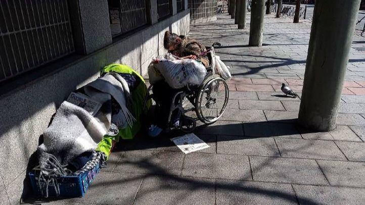 Drama en las residencias y colas del hambre, un año de calamidad social