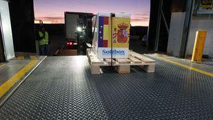 Llegan a España las vacunas de Pfizer tras sufrir un retraso de un día en el reparto