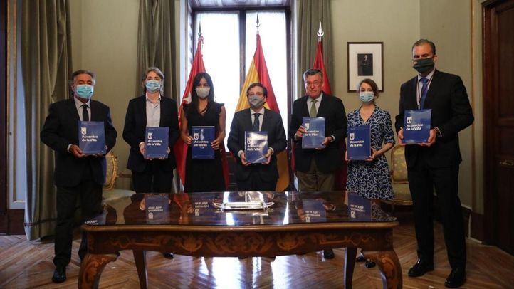 Firma de los Pactos de la Villa.