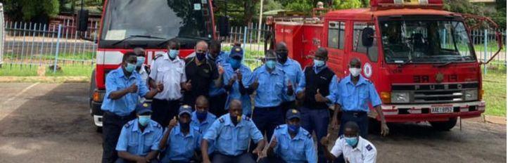 La solidaridad de Óscar Pascual, del Cuerpo de Bomberos de Madrid, llega a Zimbaue