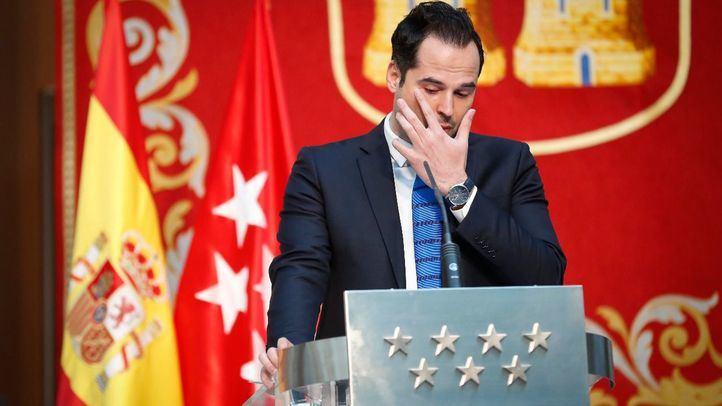 Aguado solicita al Gobierno que aumente el número de dosis de la vacuna que llegan a Madrid