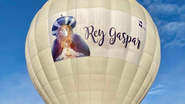Los Reyes Magos comienzan su recorrido en globo por Las Rozas