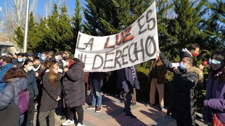Vecinos de la Cañada piden que vuelva la luz y que se acabe con la 'criminalización del sufrimiento'