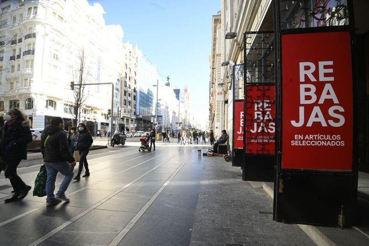 Los comerciantes madrileños prevén una caída del 40 por ciento en las ventas durante las rebajas
