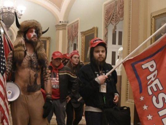 El mundo mira a Washington: radicales pro-Trump asaltan el Capitolio de EEUU