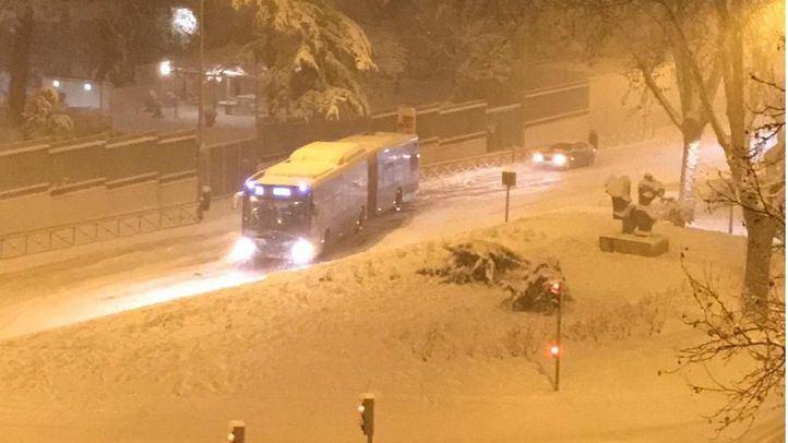 La EMT sigue sin servicio este domingo y se retomará 'de forma gradual'
