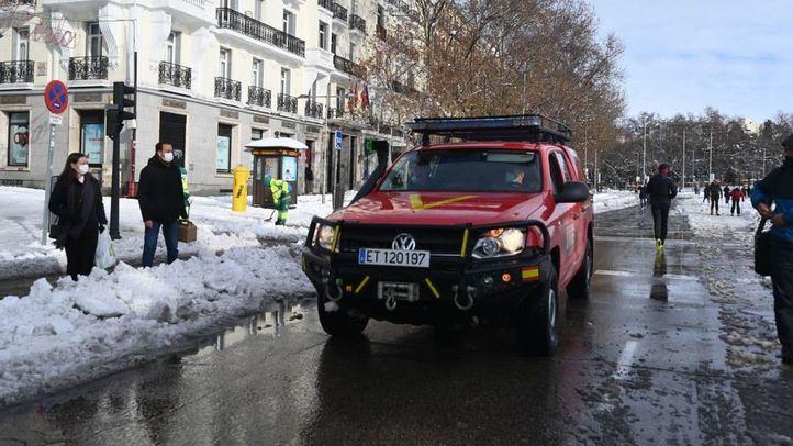 Madrid pide colaboración a los ciudadanos para que ayuden a retirar la nieve