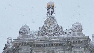 El temporal de nieve detiene el reloj del Banco de España por primera vez en 130 años