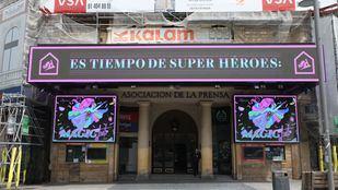 Pantalla de plasma ubicada en el Palacio de la Prensa