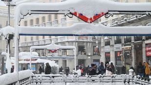 La Puerta del Sol completamente nevada