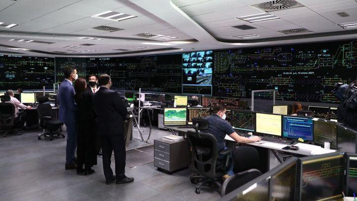 Sánchez visita el Centro de Circulación ferroviaria de Adif tras el temporal