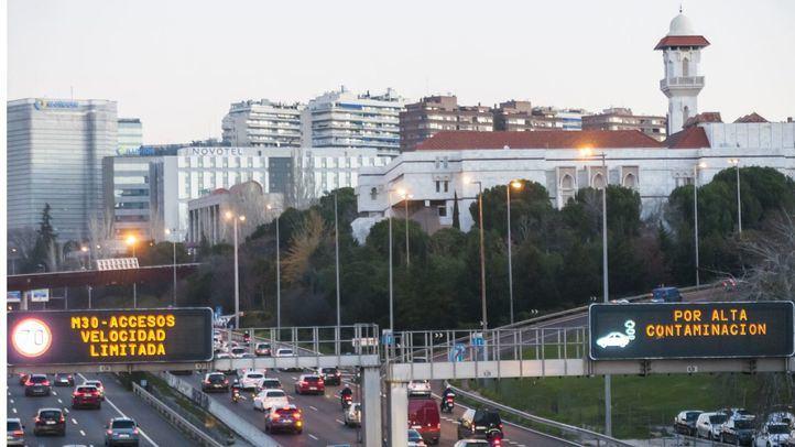 Madrid seguirá este martes en escenario 1, con limitación a 70km de la velocidad en la M-30 y accesos