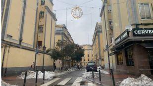 La iluminación de Navidad volvió con Filomena durante unas horas por las calles de Madrid