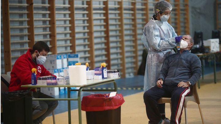 Los test de antígenos llegan a dos campus universitarios y seis zonas básicas de salud