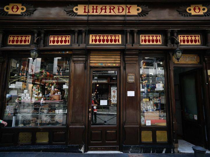 Doce restaurantes centenarios de Madrid son declarados espacios culturales de interés