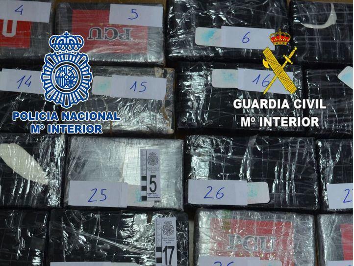 Desarticulada una banda que pasaba cocaína por Barajas con ayuda de empleados del aeropuerto