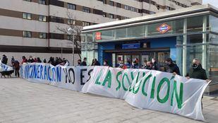Una marcha vecinal de nueve kilómetros pide el cierre de la incineradora de Valdemingómez