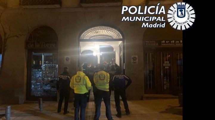 Policía Municipal impone 63 denuncias en dos fiestas ilegales