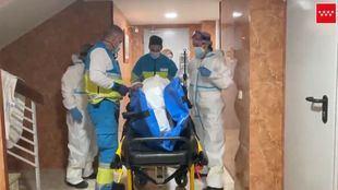 Herido grave en un accidente laboral en un domicilio de Barajas